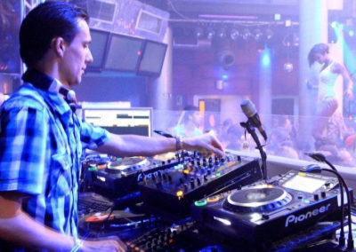 DJ NICQ LEYSEN EVENEMENTEN 23